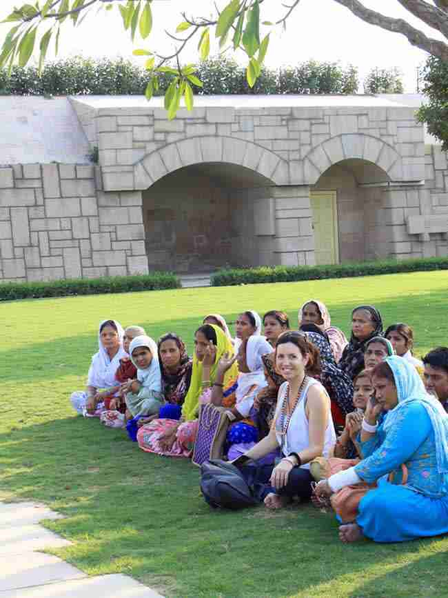 India con Yoga Hari Sat Charan