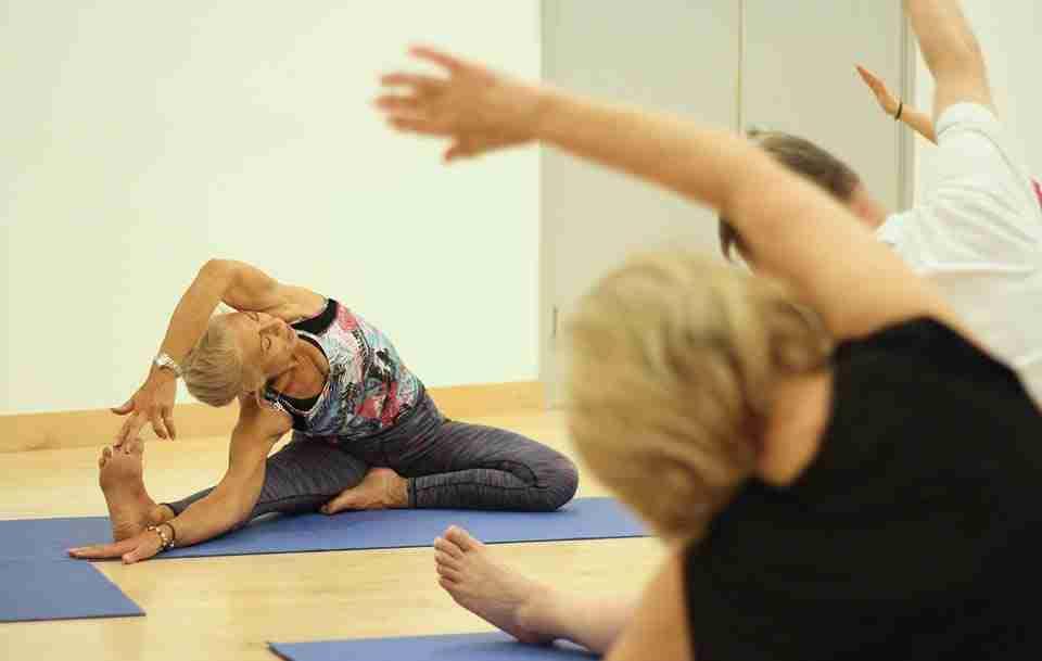 Diventare Insegnanti Kundalini Yoga Diventare Insegnanti Kundalini Yoga Lezione di Yoga
